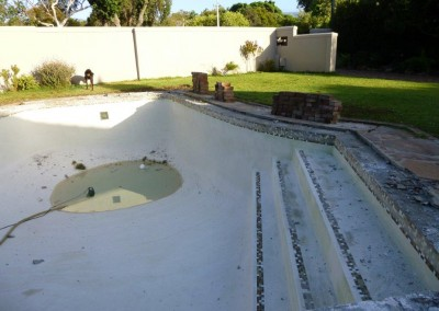 fibreglass resurfacing of pools