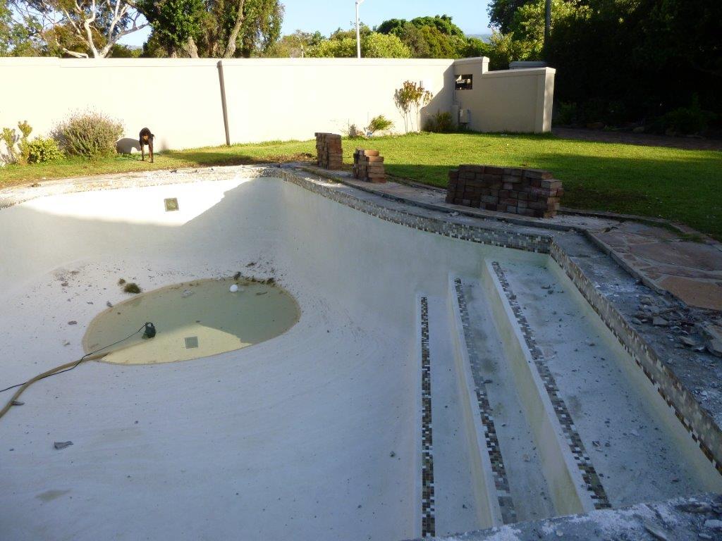 fiberglass pool re-lining